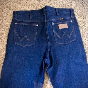 Rigid Cowboy Cut Wrangler Jeans